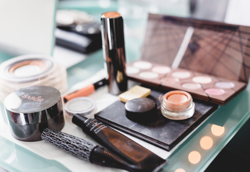 Make up Artist, Makeup Artist, Make up artist Mönchengladbach, Visagist, Visagist Mönchengladbach, Abend Make up, Event Make up, Photoshooting Makeup, Fotoshootings Make up, Hairstyling, Hochsteckfrisuren, Hochsteckfrisur, Vintage Hairstyling,